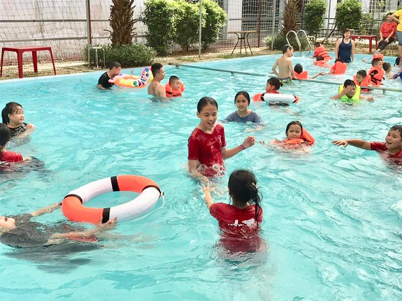 Những hoạt động mà trẻ em thành thị ít cơ cơ hội trải nghiệm