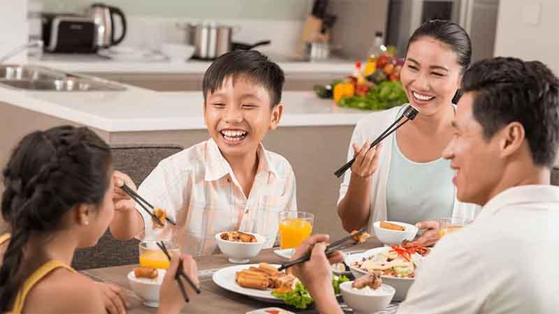 Những thói quen tốt giúp mối liên hệ của ba mẹ và con cái luôn bền chặt